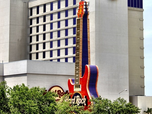 Check out the huge guitar in front of the Hard Rock Resort