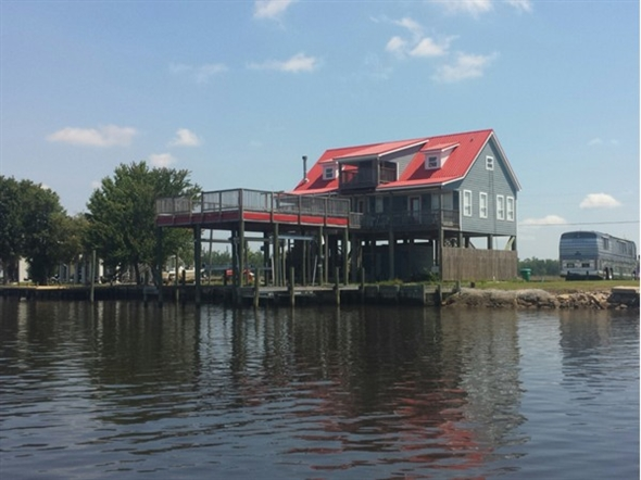 Beautiful home located near Big Lake. Great for fishing, swimming and boating