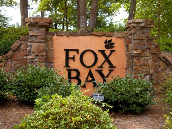 Beautiful Fox Bay neighborhood has so much to offer!